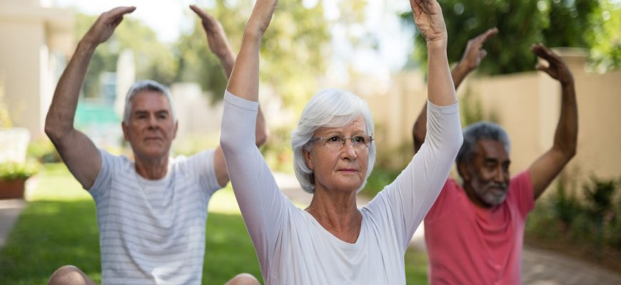assisted-living-senior-exercise