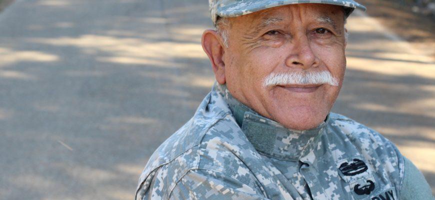 senior veteran in assisted living